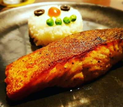 ข้าวปลาแซลมอน