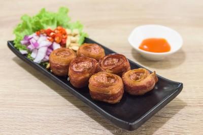 Home Vietnamese Restaurant (โฮม อาหารเวียดนาม) ประชาชื่น