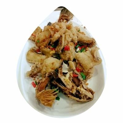 ปลากระพงทอดพริกเกลือ ที่ ร้านอาหาร กวงทะเลเผา