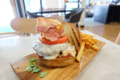 Crane Burger