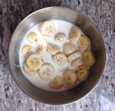 กล้วยทับนมสด