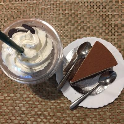 CHOM cafe&restaurant