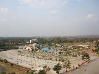 โรงแรมเทพสถิตวิวล์ (Thep Sathit Ville Hotel)