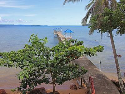 เกาะหมากบุรีฮัทเนเจอรัลรีสอร์ท (Ko Mak Buri Hut Natural Resort)
