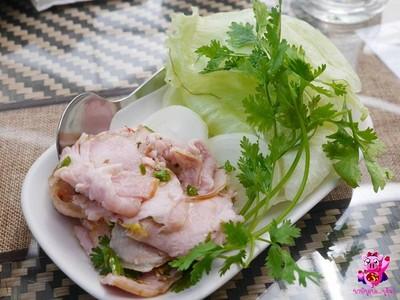 โป่งแยงแอ่งดอย (Pongyang Angdoi Restaurant)