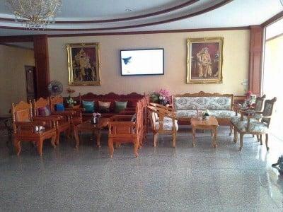 โรงแรมอุดมทรัพย์ (Udom Sap Hotel)