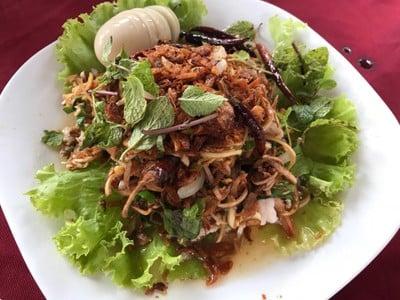 สุริยาการ์เด้น (Suriya Garden Restaurant)
