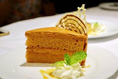 Thai Tea Cake เค้กชาไทย
