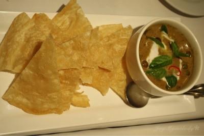 Roti with Chicken Green Curry โรตีแกงเขียวหวานไก่