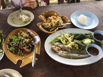 สวนอาหารปากน้ำ (ไชยบุรี) (Pak Nam Restaurant)