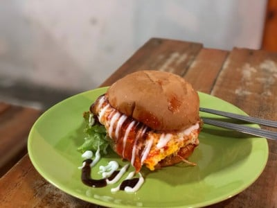 Aladin Burger (อาลาดิน เบอร์เกอร์) สาขา 2