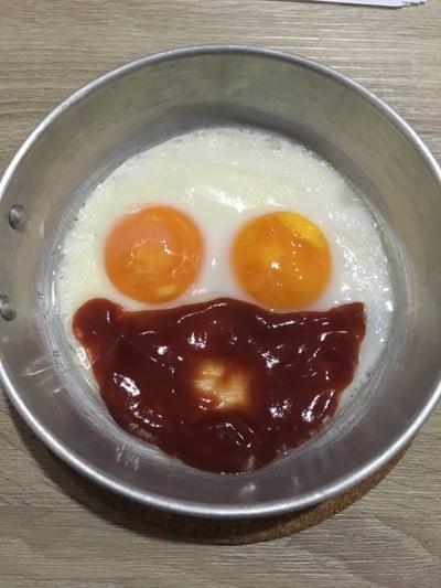 ไข่กระทะคนเหงา