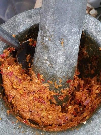 วิธีทำ น้ำพริกแกงส้ม สูตรเพิ่มพริกสด