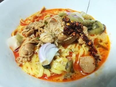 ข้าวซอยอิสลาม ลำปางหนา (Kowsoi Isaram)