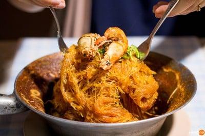 ปรารถนาโภชนา เทียน เทียน ไหล (Parttana Phochana Tian Tian Lai)