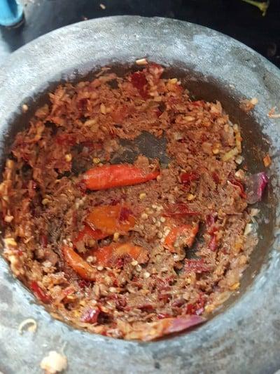 วิธีทำ แกงเห็ดผักหวานใส่กะปิ