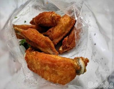 ไก่ตะเกียบทอดใบมะกรูด รพ.ยันฮี