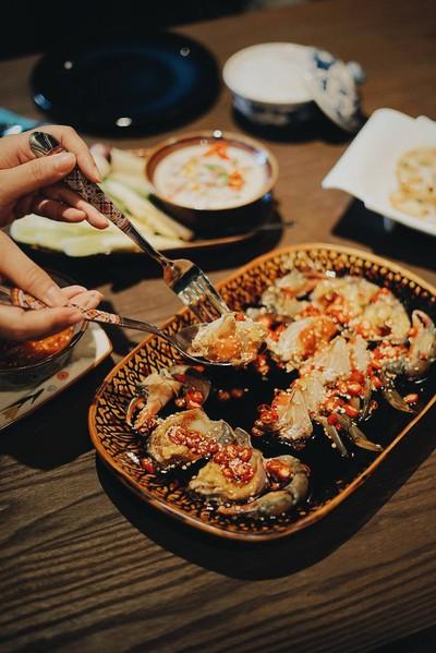 อำแดงไต้ฝุ่น (Amdang Typhoon spicy crab) สุขุมวิท 32