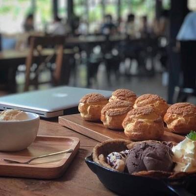 Buttery Cafe (บัทเทอรี่ คาเฟ่)