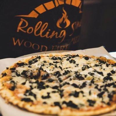 Rolling Stone Pizza (โรลลิ่ง สโตน พิซซ่า) เดอะบีคอนเพลส ซอยสุขุมวิท50
