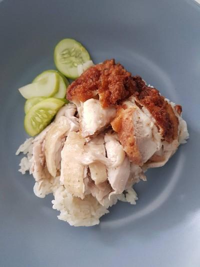 เจ๊เย็น ข้าวมันไก่