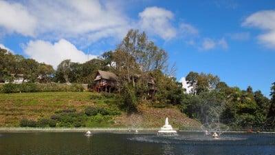 พระตำหนักภูพิงคราชนิเวศน์ (Bhubing Palace)