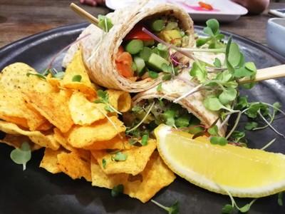 Smoked Salmon with Crab Cream Cheese Wrap ราคา 185 บาท+##1