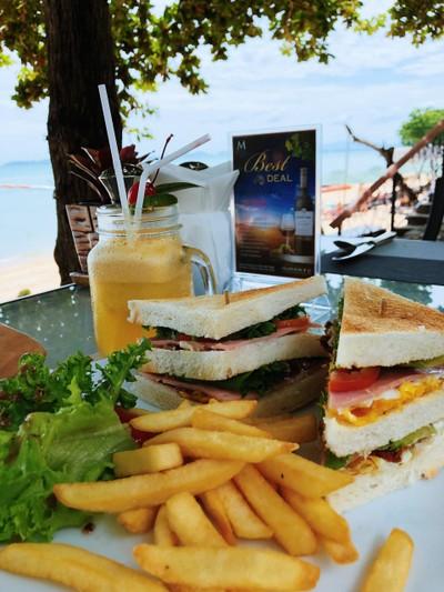 โนโวเทลพัทยาโมดัสบีชฟร้อนท์รีสอร์ท (Novotel Pattaya Modus Beachfront Resort)