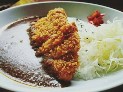 ร้านบ้านกุ๊กอารมณ์ดี ข้าวแกงกะหรี่ญี่ปุ่น