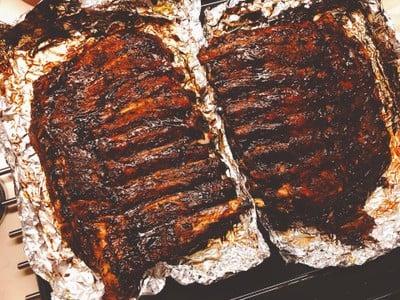 ซี่โครงหมูอบบาร์บีคิว เปื่อยกระดูกหลุด (Barbeque Pork Ribs)