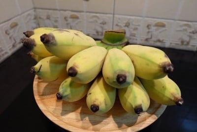 วิธีทำ กล้วยน้ำว้าอบงาขาว