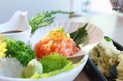 Onzen Sushi (ออนเซ็น ซูชิ)