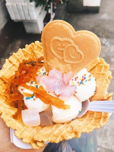 ผัดไท มหาชัยไอศกรีม เมืองปทุม