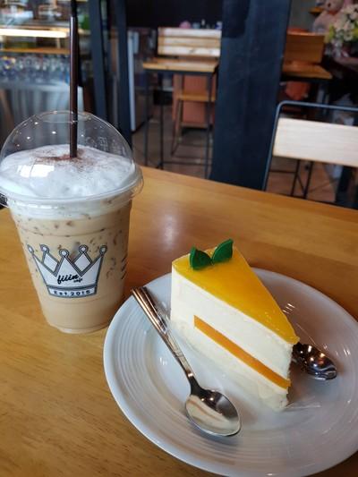 Fiiin Dessert Cafe (ฟิน ดีเซิร์ท คาเฟ่)