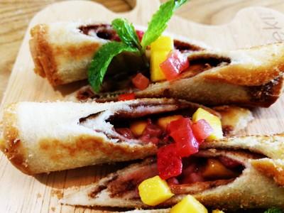 Mango & Strawberry Roll