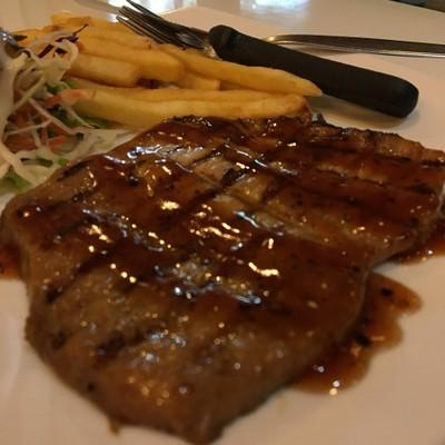 สะเต็กไก่พริกไทยดำ