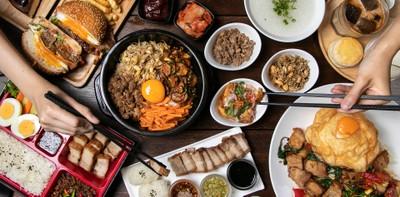 """[รีวิว] """"ข้าวกล่องรถไฟ"""" ร้านอาหารไทย-เกาหลี นั่งกินก็เก๋ใส่กล่องก็เลิศ"""