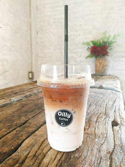 Oilly Coffee (ออยลี่คอฟฟี่)