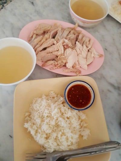 ข้าวมันไก่ไทยสวัสดี