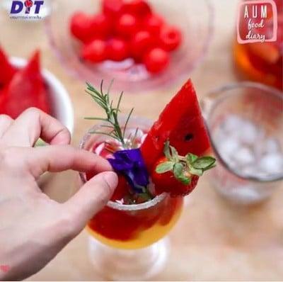 Strawberry x Watermelon Sangria 🍓🍉