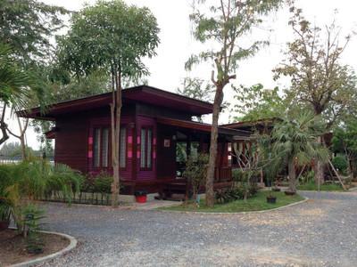 บ้านนายถึก โฮมสเตย์ (Baan Naituek Homestay)