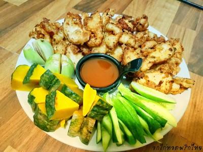 อกไก่ทอดพริกไทย