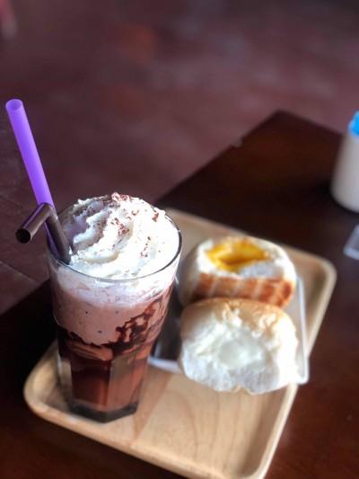 Raicholadacoffee&Bistro (ช่อลดาคอฟฟี่แอนด์บิสโทร)