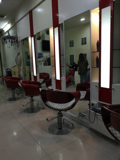 hair corner by chol