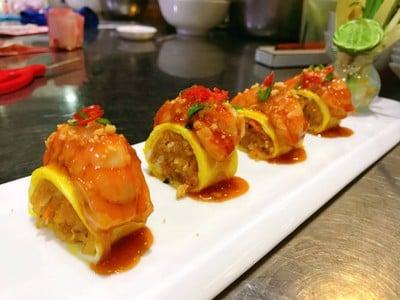 ผัดไทยชูชิหน้ากุ้ง
