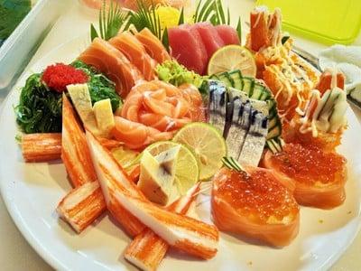 Hitomi Sushi Japanese Food