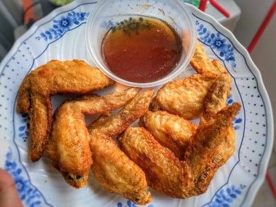 ไก่ทอดซอสน้ำปลา