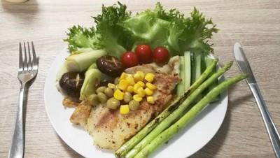 สเต็กดอลลี่ออริกาโน่ (Fish steak with Oregano)