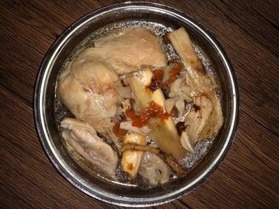 ไก่ตุ๋นยาจีน