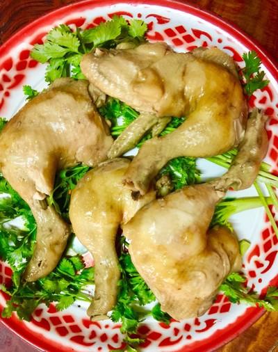 ไก่ต้มน้ำปลา + น้ำจิ้มรสเด็ด